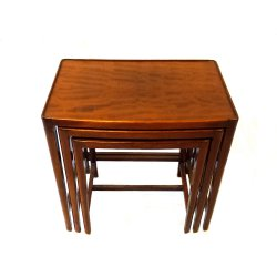 satinwood-nesing-tables